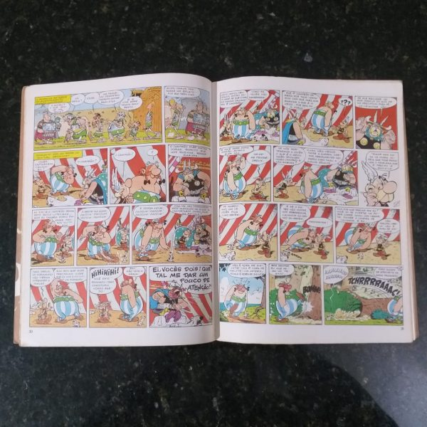 Asterix 8 Casa do Colecionador