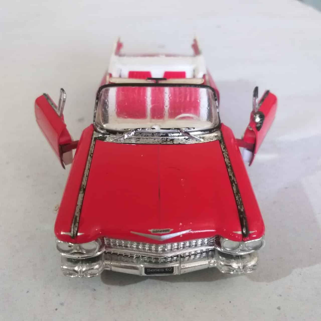 Cadillac 6 Casa do Colecionador